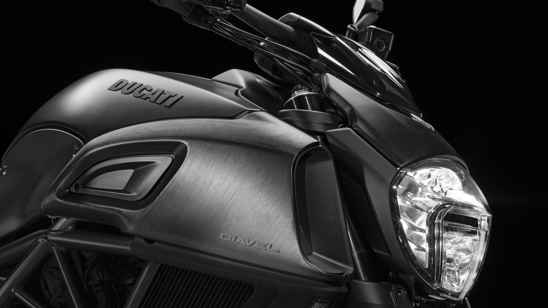 Ducati Diavel detalle